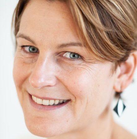 Eva-Micholt-customer-strategy-expert